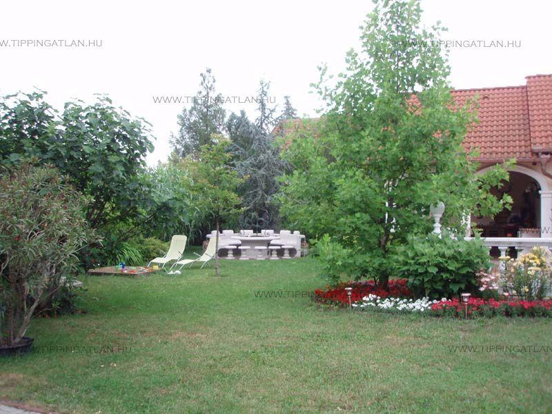 Eladó 177.75 m2 ház - Abádszalók