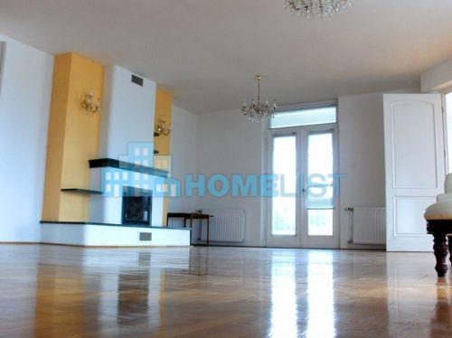 Eladó 280 m2 lakás - Budapest II.