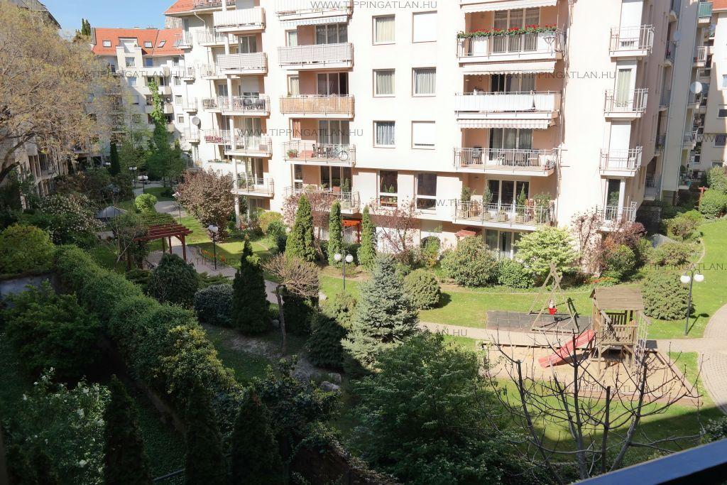 Eladó 71 m2 lakás - Budapest I.