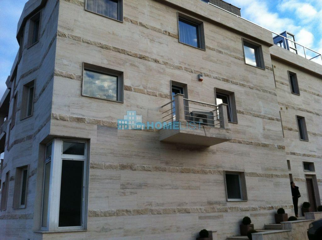 Eladó 313 m2 lakás - Budapest II.