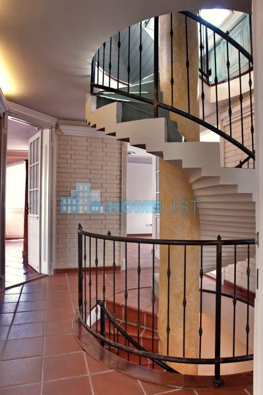 Eladó 280 m2 ház - Budapest II.