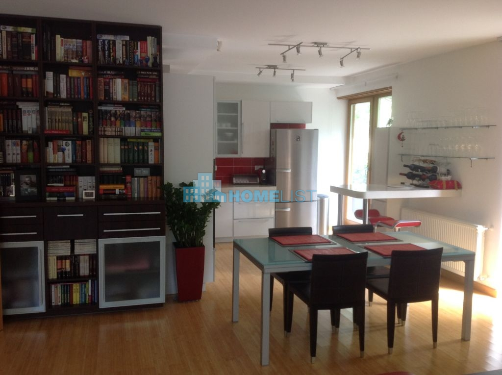 Eladó 118 m2 lakás - Budapest II.