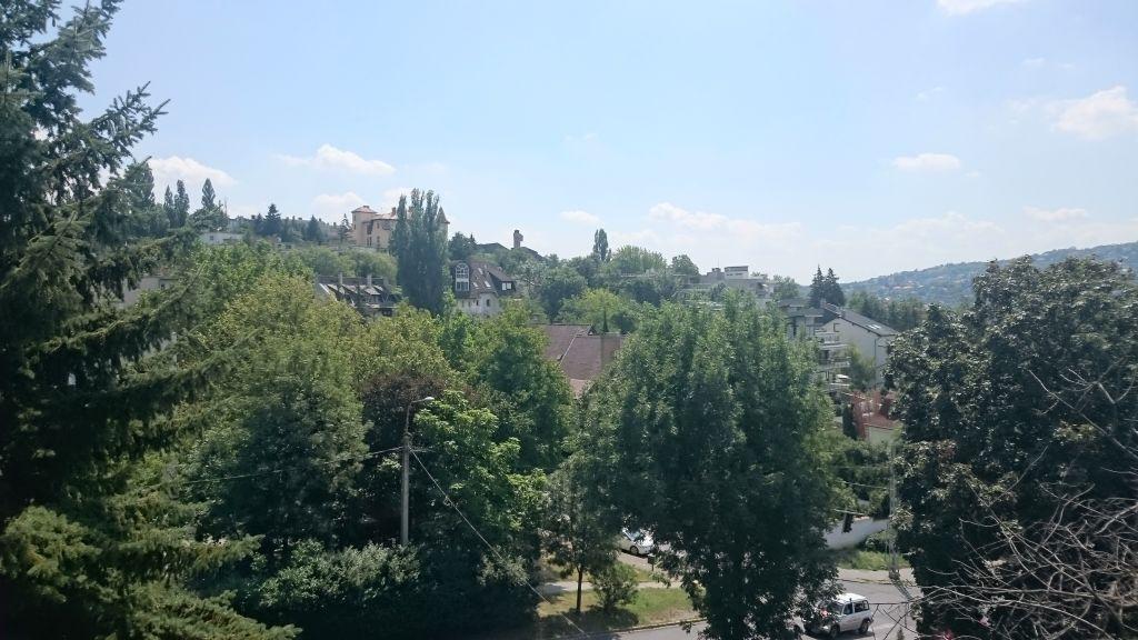 Eladó 76 m2 lakás - Budapest II.