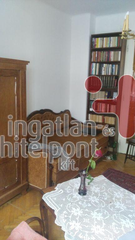 Eladó 63 m2 lakás - Budapest II.