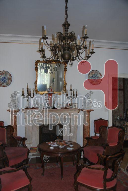 Eladó 400 m2 ház - Budapest II.