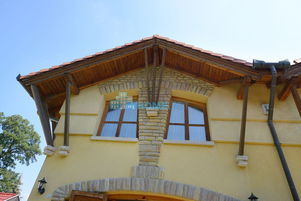 Eladó 365 m2 ház - Budapest II.