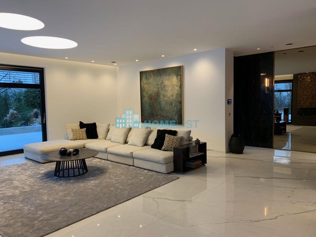 Eladó 420 m2 ház - Budapest II.