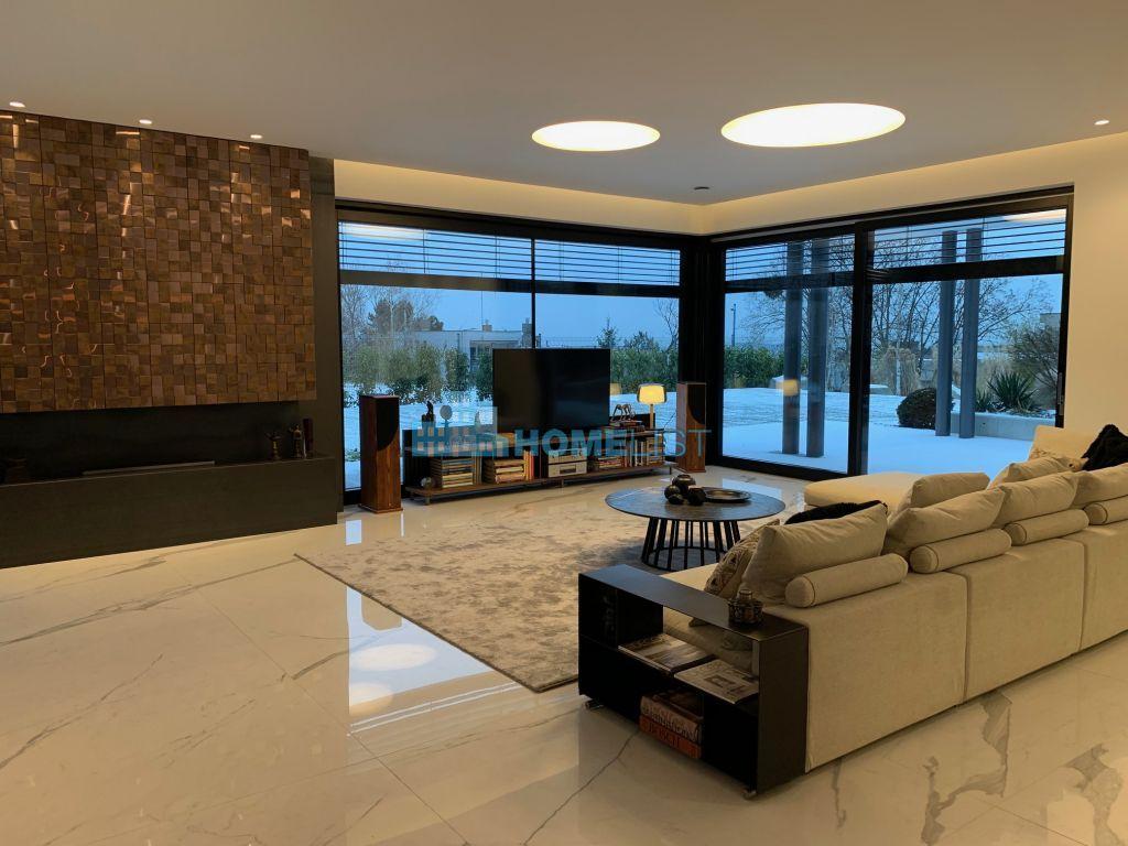 Eladó 450 m2 ház - Budapest II.