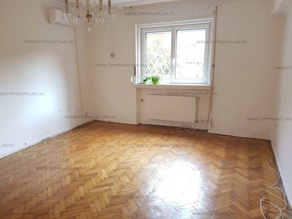 Eladó 41 m2 lakás - Budapest II.