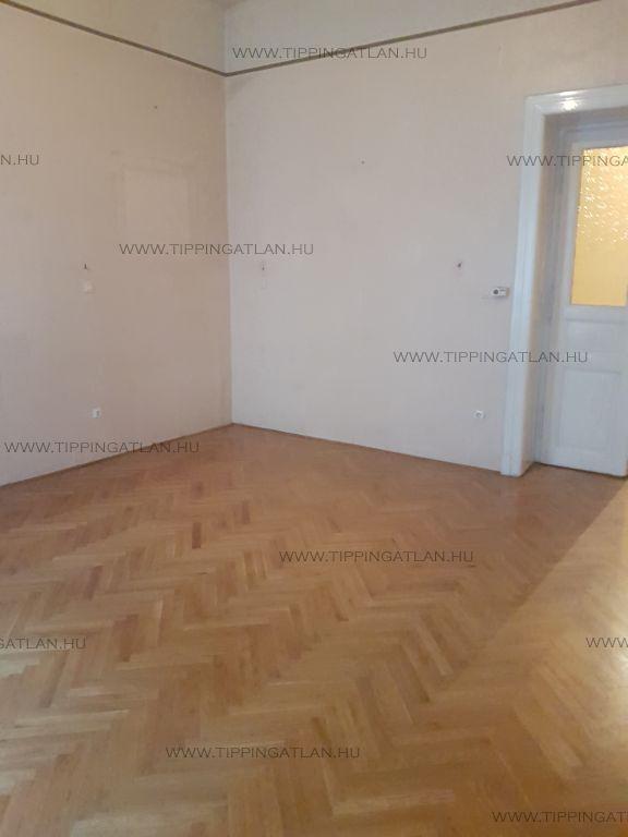 Eladó 102 m2 lakás - Budapest II.
