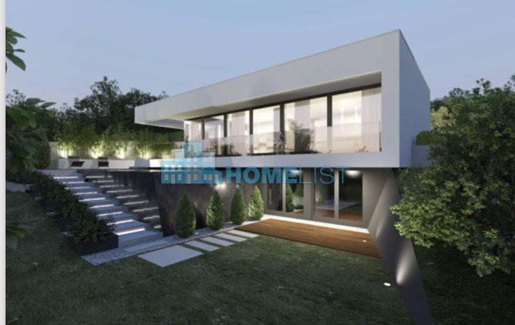 Eladó 370 m2 ház - Budapest II.