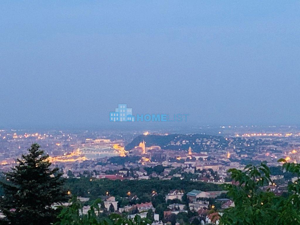 Eladó 800 m2 ház - Budapest II.