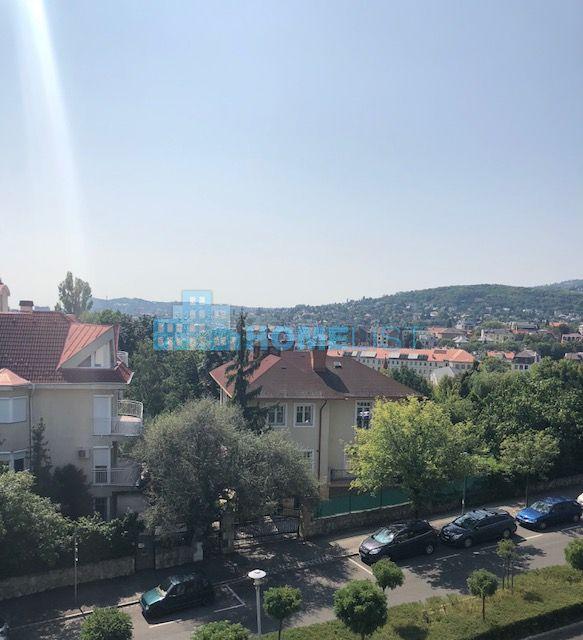 Eladó 500 m2 fejlesztési terület - Budapest II.