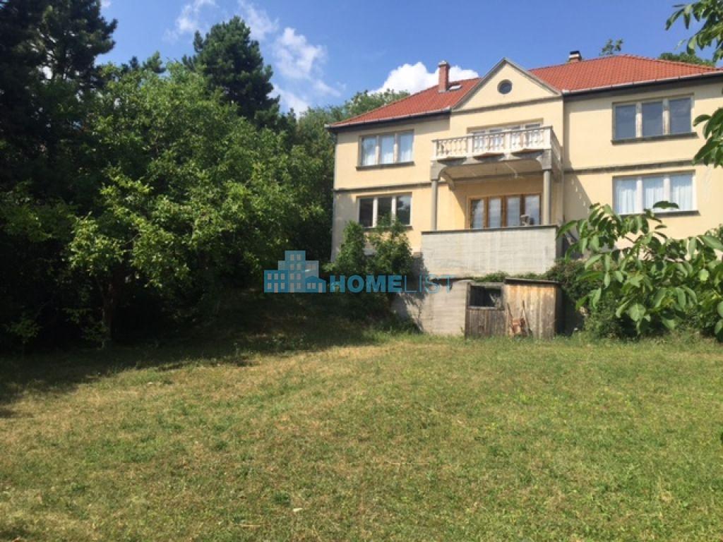 Eladó 1400 m2 telek - Budapest II.