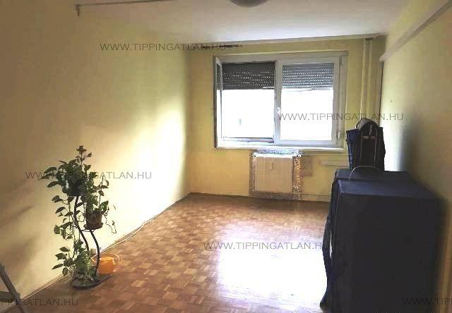 Eladó 49 m2 lakás - Budapest III.