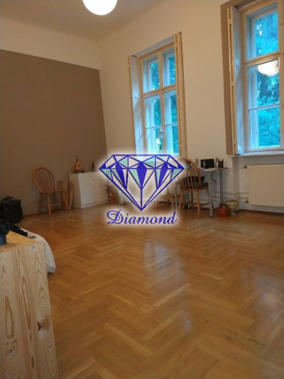 Eladó 52 m2 lakás - Budapest III.