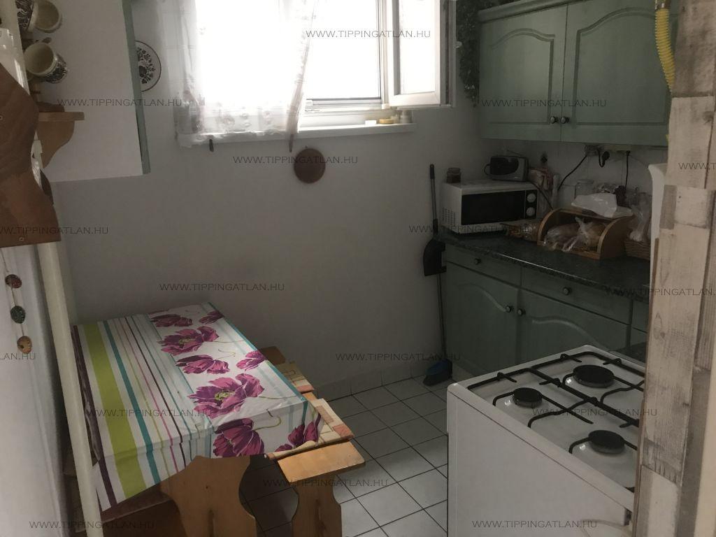 Eladó 53 m2 lakás - Budapest IV.