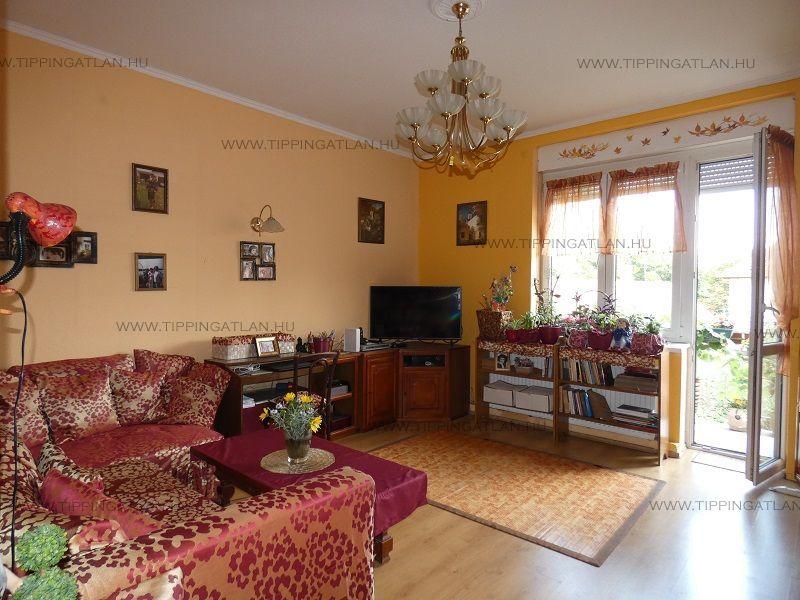 Eladó 82 m2 lakás - Budapest IV.