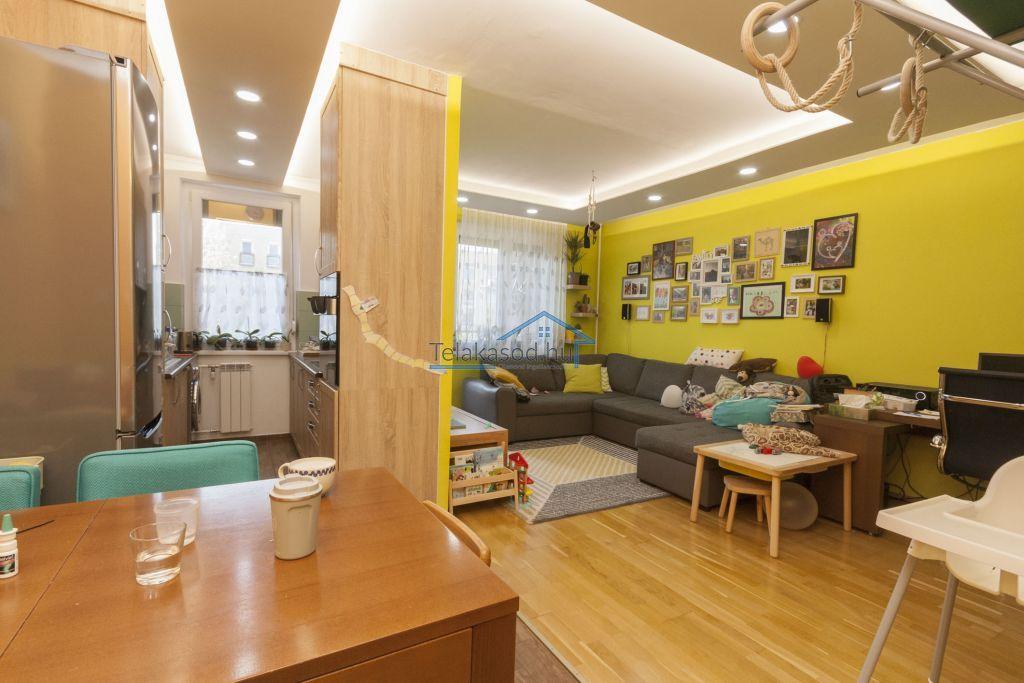 Eladó 57 m2 lakás - Budapest IV.