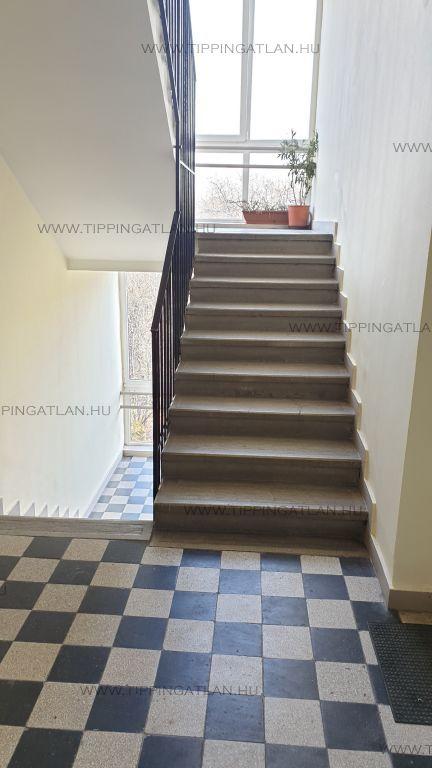 Eladó 39 m2 lakás - Budapest IX.