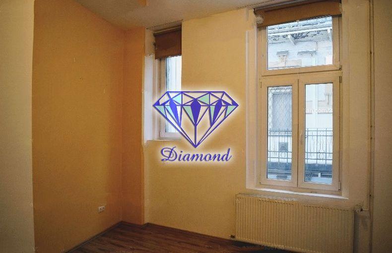 Eladó 60 m2 lakás - Budapest IX.