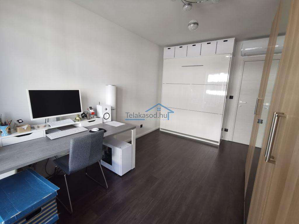 Eladó 72 m2 lakás - Budapest IX.