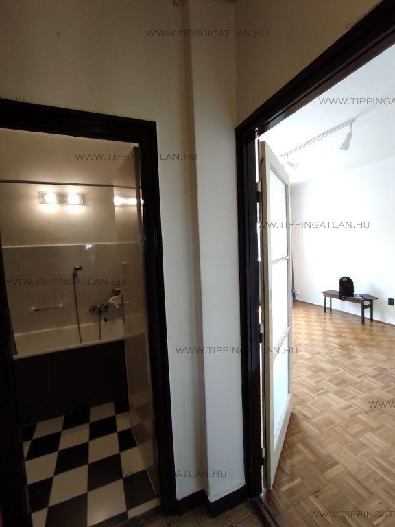 Eladó 27 m2 lakás - Budapest IX.