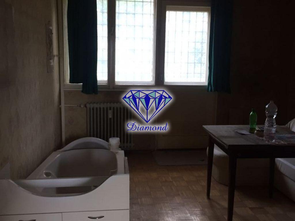 Eladó 55 m2 fejlesztési terület - Budapest IX.
