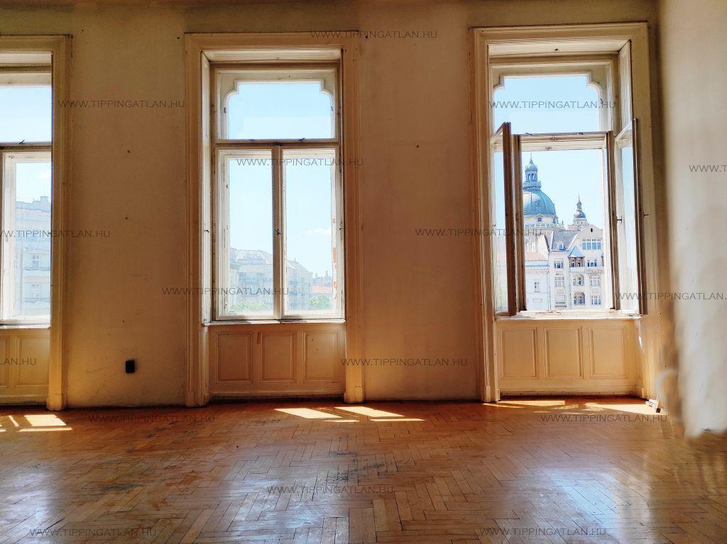 Eladó 118 m2 lakás - Budapest V.