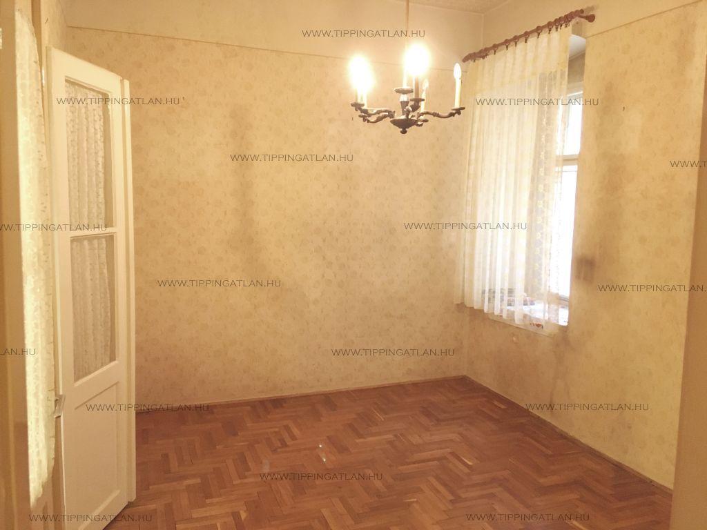 Eladó 39 m2 lakás - Budapest V.