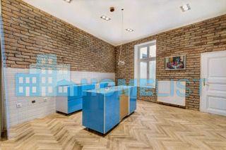Eladó 143 m2 fejlesztési terület - Budapest V.