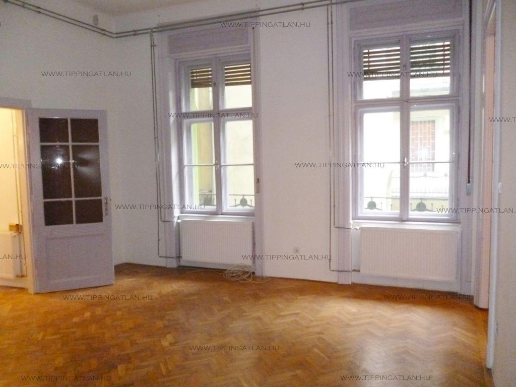 Eladó 71 m2 lakás - Budapest VI.