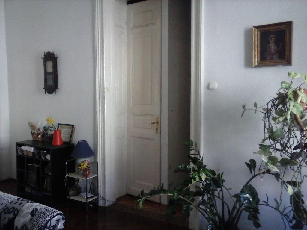 Eladó 100 m2 lakás - Budapest VI.