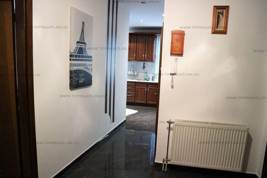 Eladó 110 m2 lakás - Budapest VI.
