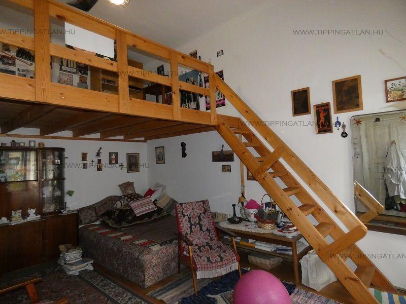 Eladó 57 m2 lakás - Budapest VI.