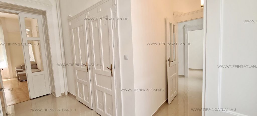 Eladó 99 m2 lakás - Budapest VI.