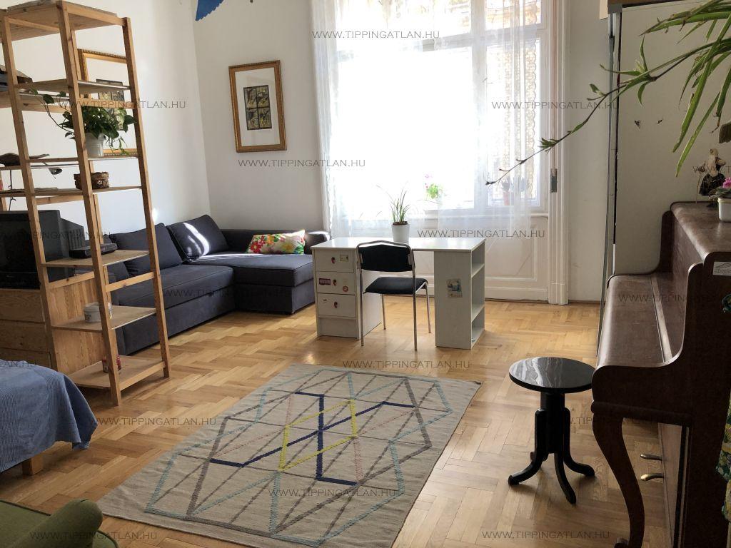 Eladó 46 m2 lakás - Budapest VI.