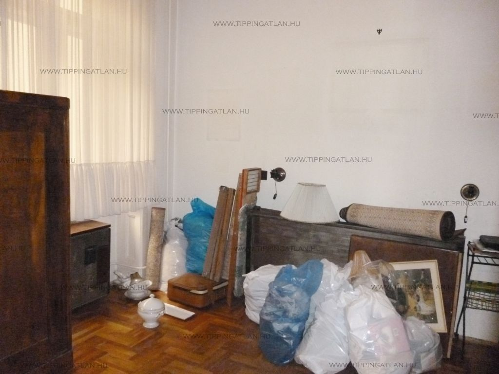 Eladó 67 m2 lakás - Budapest VII.