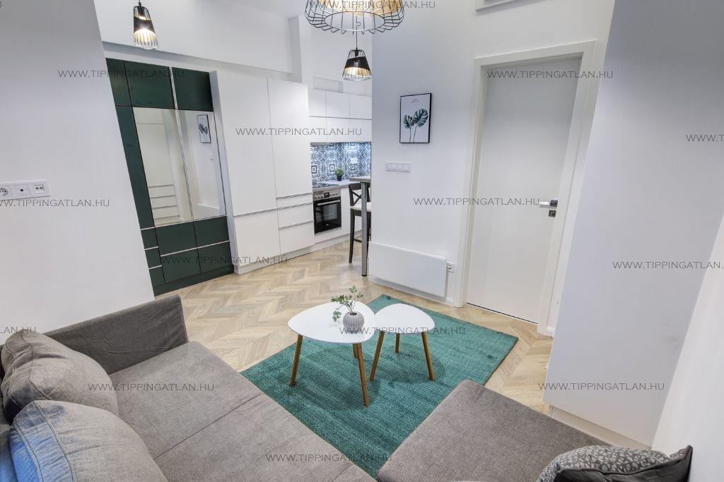 Eladó 50 m2 lakás - Budapest VI.