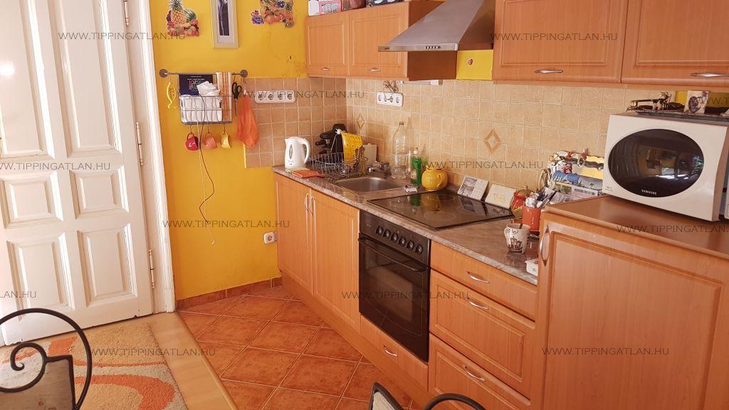 Eladó 30 m2 lakás - Budapest VII.