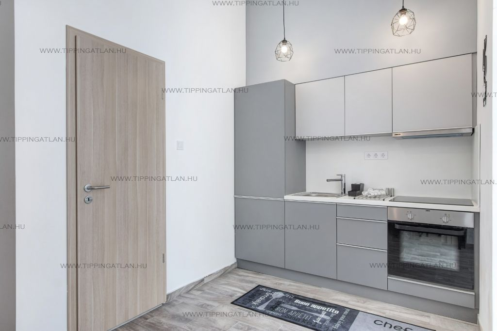 Eladó 80 m2 lakás - Budapest VII.