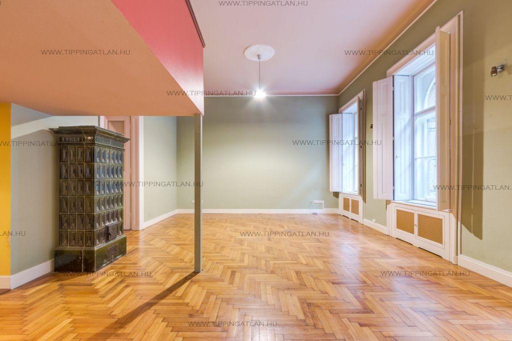 Eladó 86 m2 lakás - Budapest VIII.
