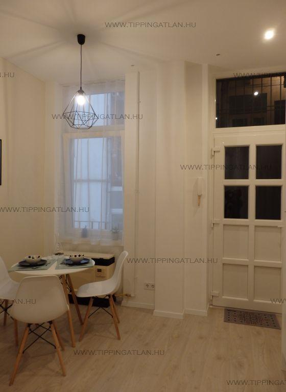Eladó 37 m2 lakás - Budapest VIII.
