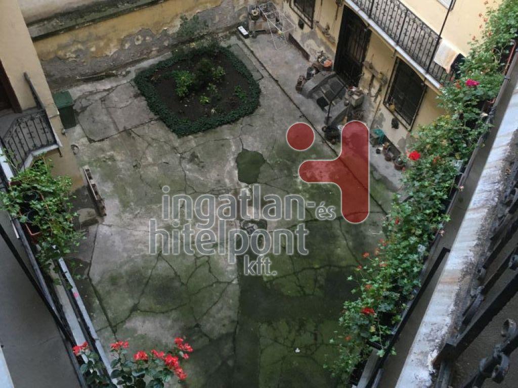 Eladó 44 m2 lakás - Budapest VIII.