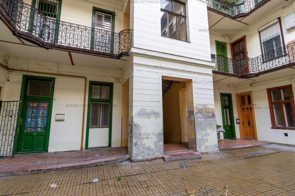 Eladó 59 m2 lakás - Budapest VIII.