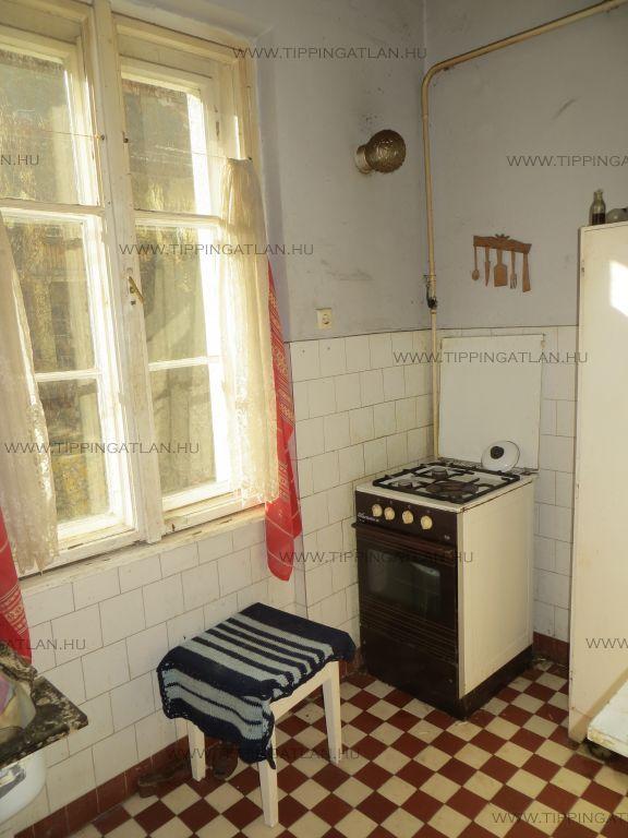 Eladó 40 m2 lakás - Budapest VIII.