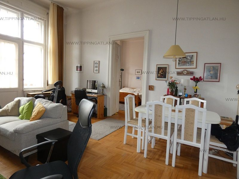 Eladó 76 m2 lakás - Budapest VIII.