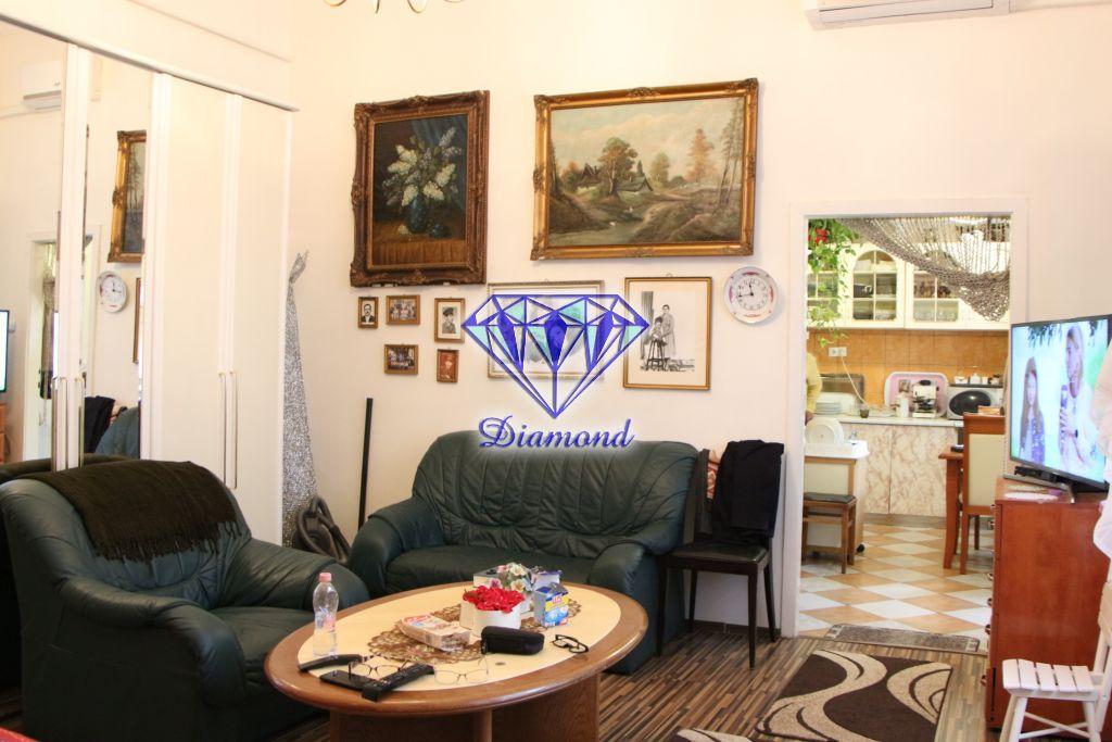 Eladó 55 m2 lakás - Budapest VIII.