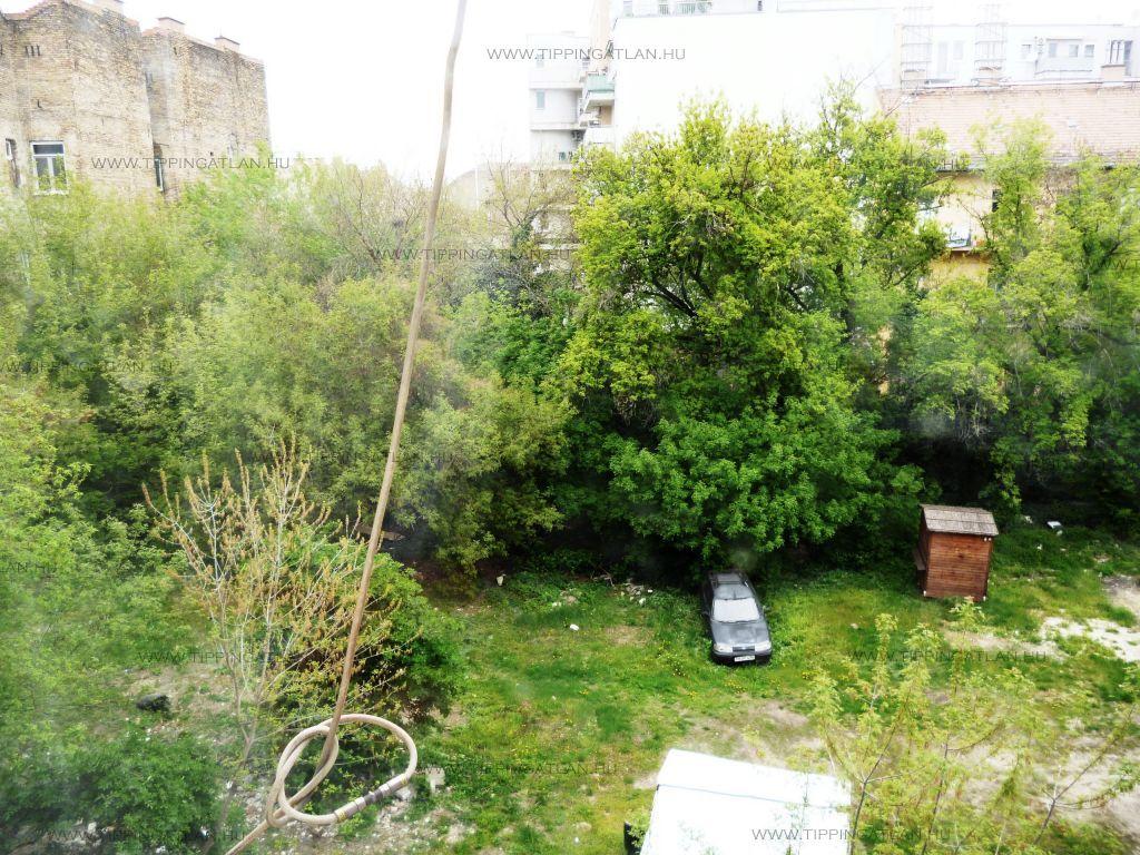 Eladó 28 m2 lakás - Budapest VIII.