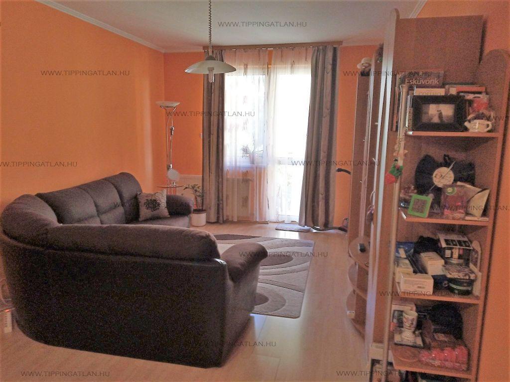 Eladó 57 m2 lakás - Budapest VIII.